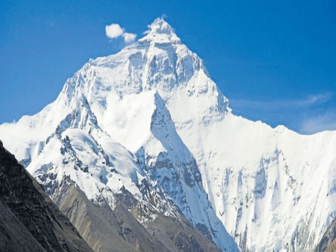 445 climbers reach Mount Everest this spring: Nepal
