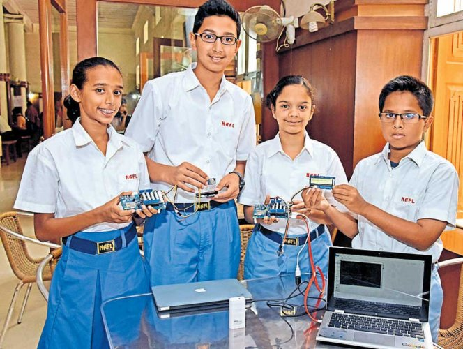 Young technovators invent device to measure air quality anywhere