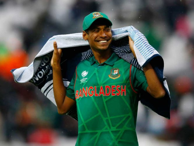 Mustafizur relying on his off-cutters to tame India