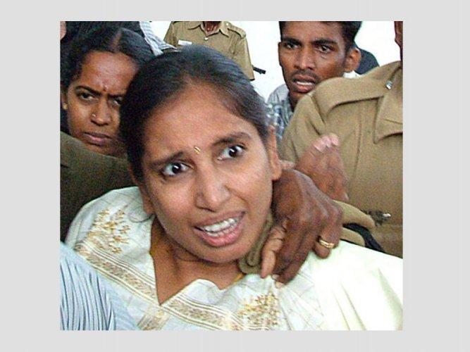 Nalini launches hunger strike in Vellore jail