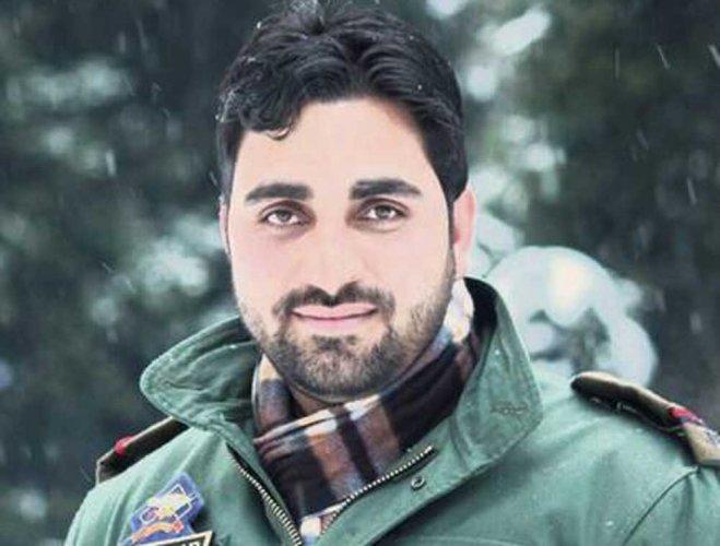 'Imagine yourself in grave': Slain Kashmir cop's Facebook post