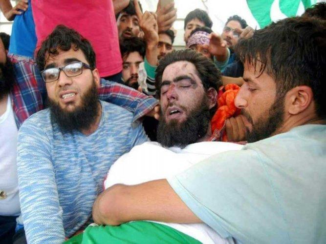 Kashmir: Militant groups offer 'gun salutes' to their fallen comrades