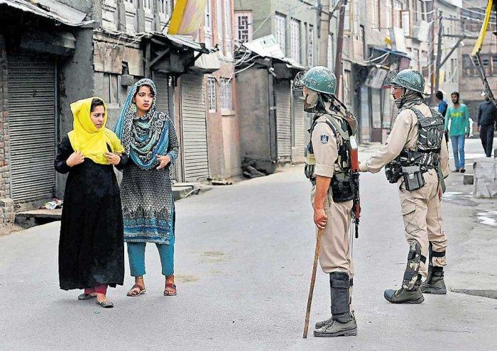 Gun salute offered to slain militants