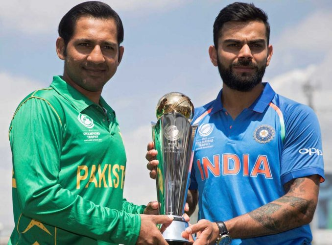 Favourites India take on Pak in big clash today