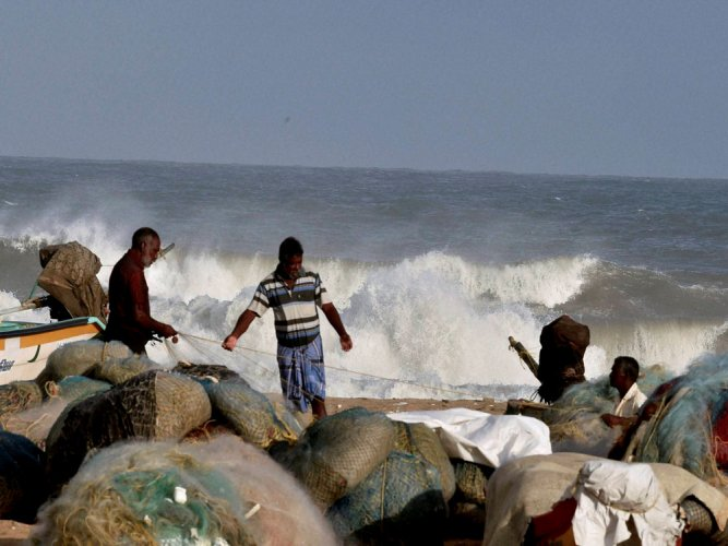 TN fishermen arrested by Lankan Navy allegedly for violating IMBL