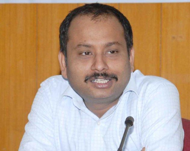 CBI begins probe in Anurag Tiwari's death
