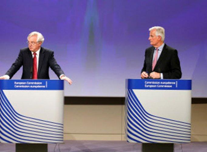 UK, EU kick off 'positive' Brexit talks