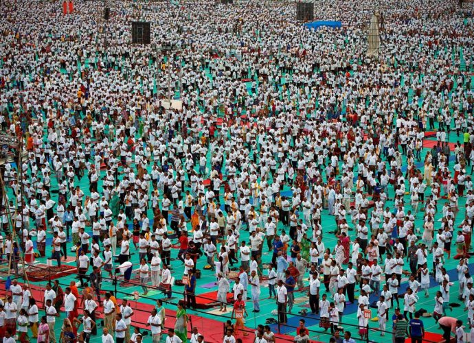 Ahmedabad citizens set up new world record for Yoga