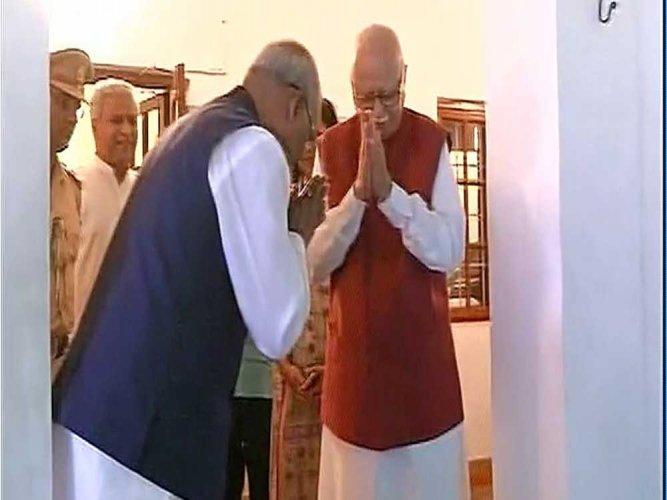 Prez Polls: Kovind meets Advani and Joshi as BJP attempts impressive victory