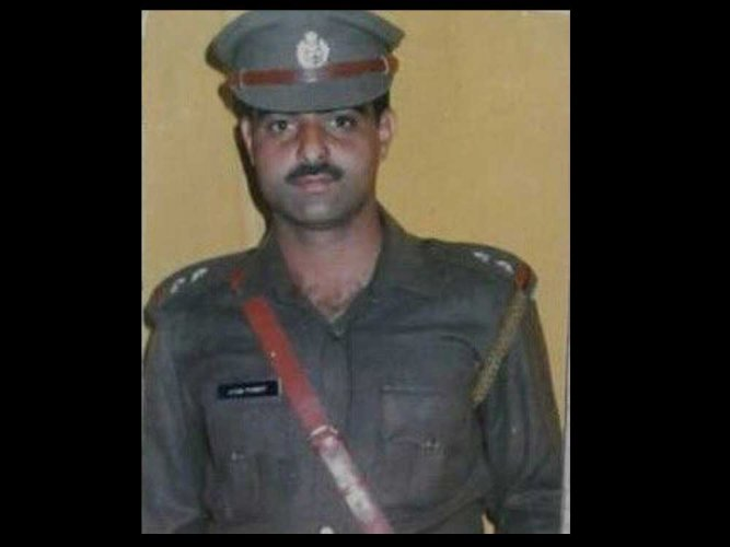 Dy SP lynched in Srinagar by mob; two arrested