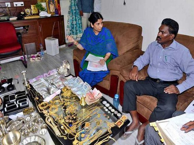 ACB unearths Rs 800 cr worth ill-gotten assets of engineer in AP