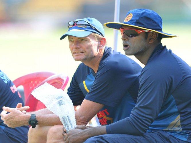 Ford steps down as Sri Lanka coach
