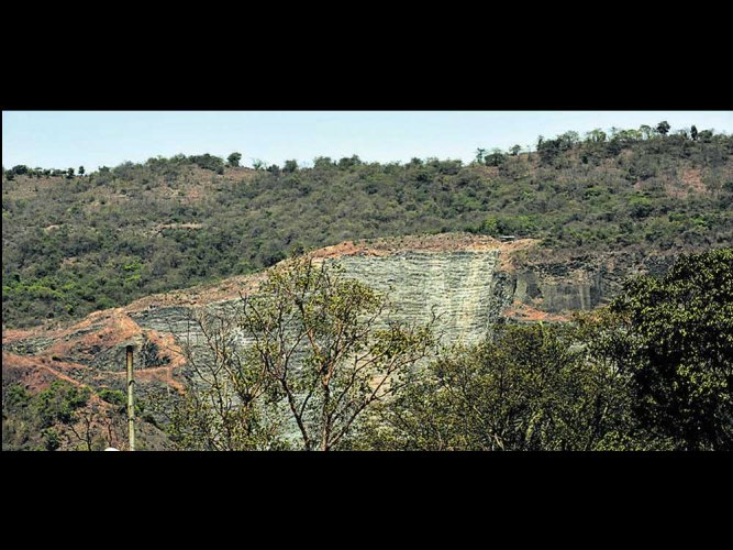 Quarrying, encroachments threaten Parsik Hill