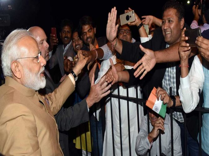 Modi must raise H-1B visa issue with Trump: Indians in US