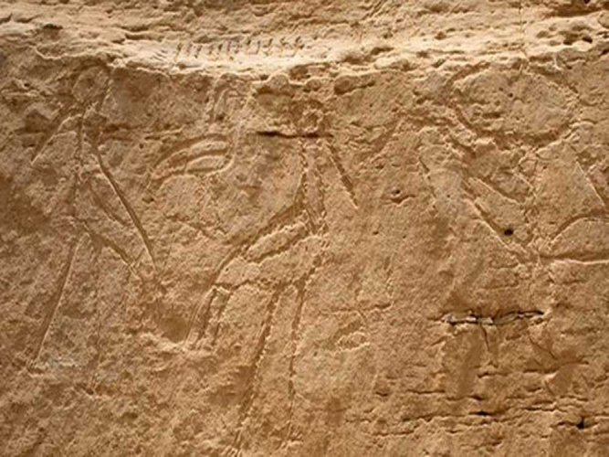 Ancient 'billboard' with Egyptian rock inscriptions discovered