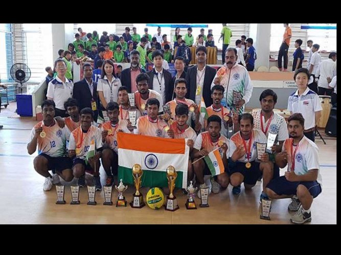 Indian men's & women's throwball teams create history