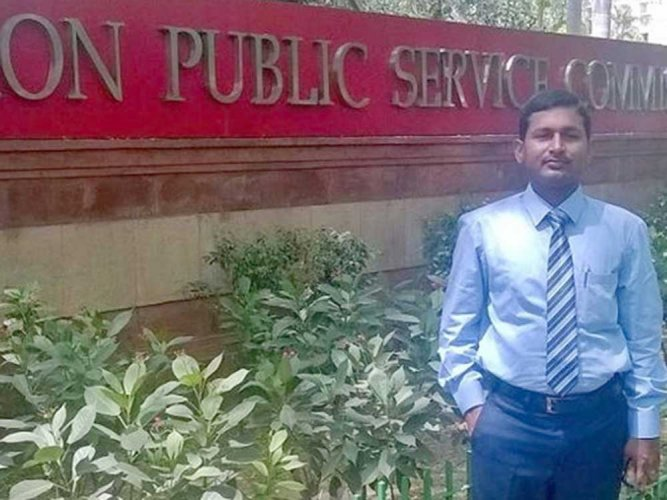 HC serves notice to civil services Ranker Ronanki on differently abled status