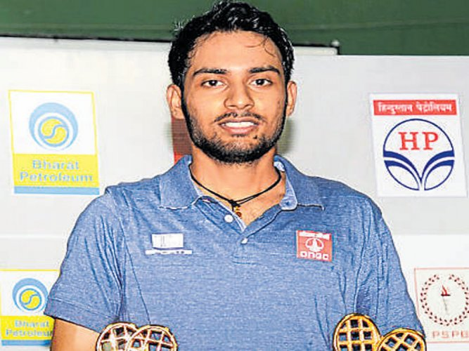 Defending champ Sourabh crashes out in first round