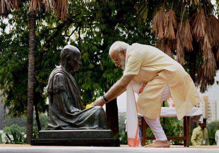 PM visits Sabarmati Ashram, says it enlightened human race
