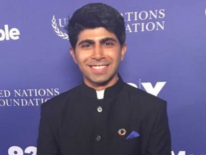 Indian anti-hunger activist awarded by the Queen