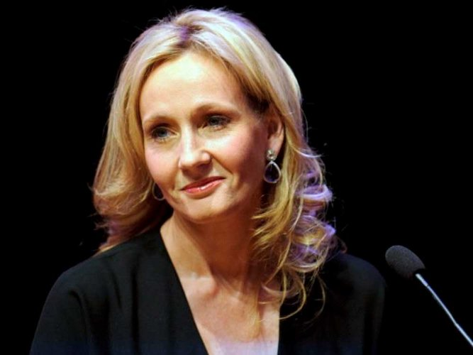 J K Rowling trolls Trump with Lincoln's quote