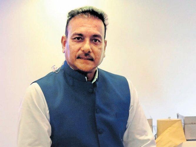 Ravi Shastri formally applies for India head coach's job