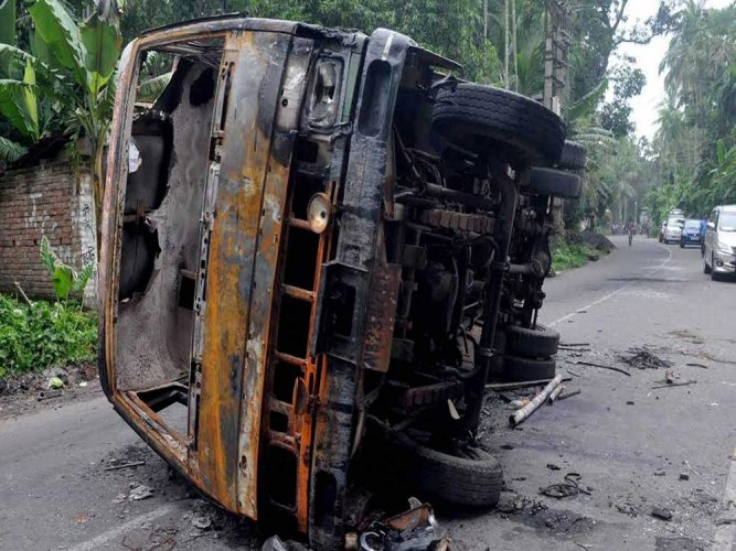 Convey stand on NIA probe into Baduria riots: HC to Centre