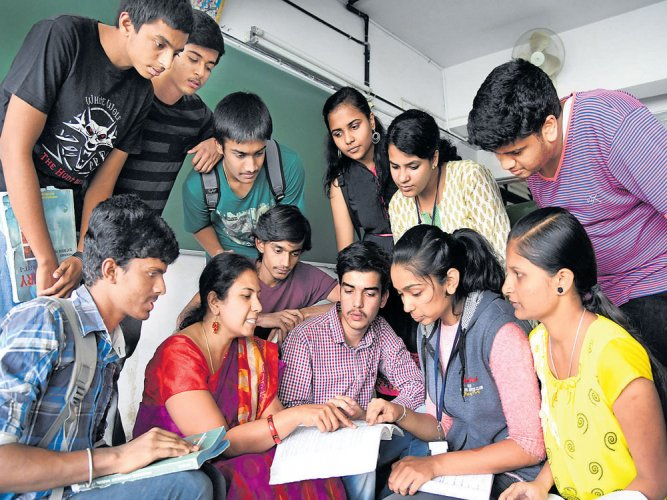 Govt recruits 1,489 asst profs for its degree colleges