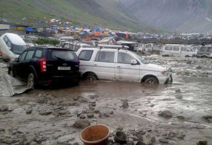 13 killed in J&K flash floods; rain pounds many regions