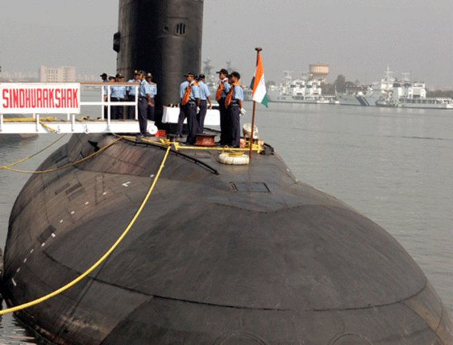 Indian submarines running without advanced periscopes