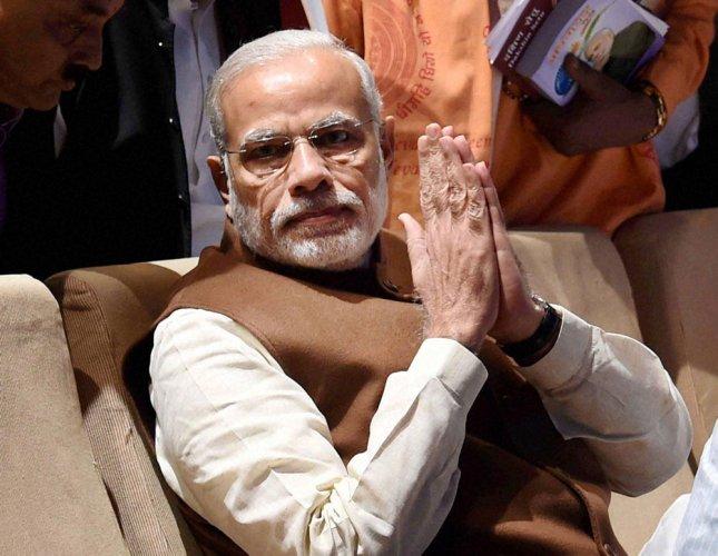 Kargil Vijay Diwas: PM remembers bravery of armed forces