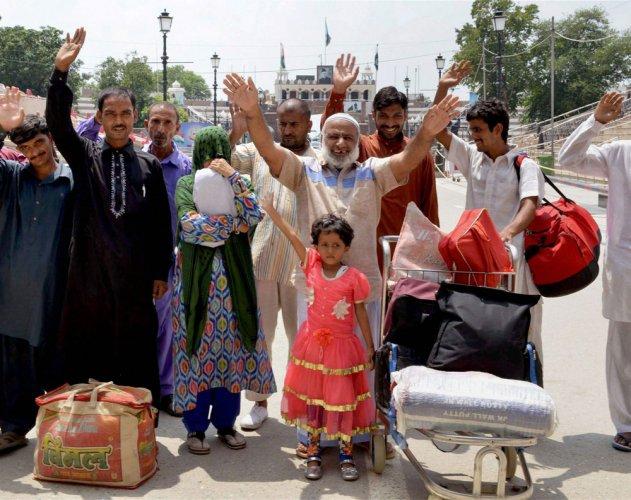 Years in jail, 7-yr-old Pak girl finally walks free