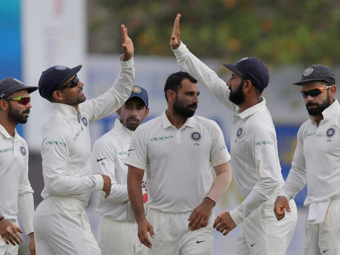 India tighten the noose