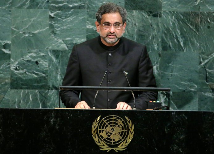 Pak rakes up Kashmir at UN, warns India against 'limited war' doctrine