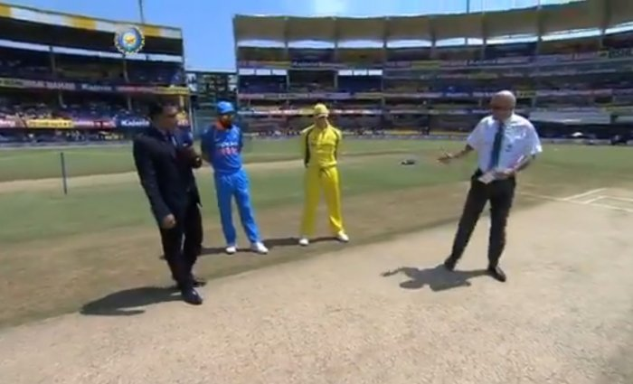 Australia elect to bat in fifth ODI against India
