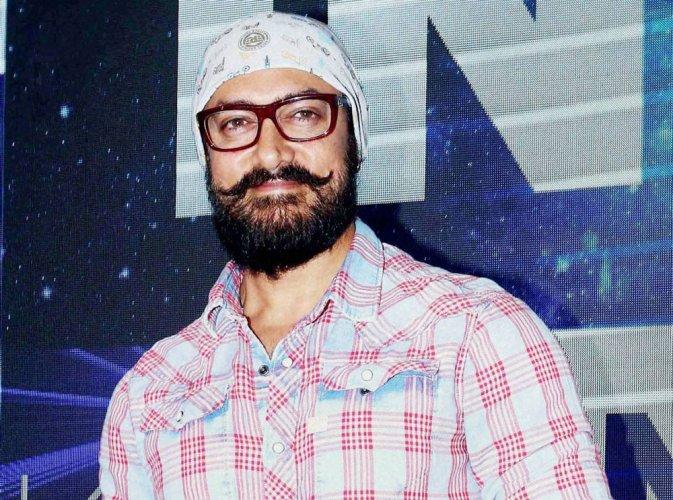 Aamir takes a break from Thugs to promote Secret Superstar