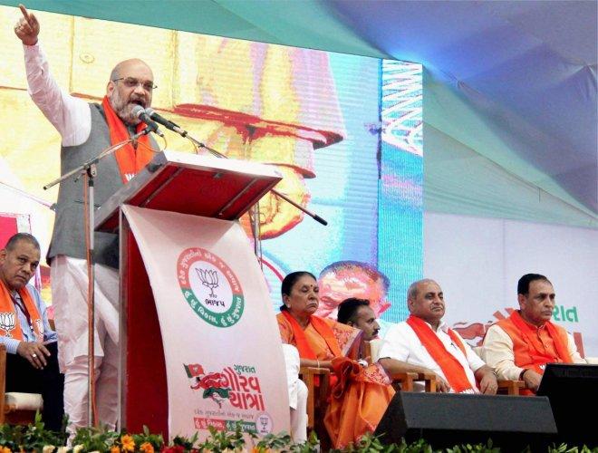 Shah invokes Guj pride to counter Cong