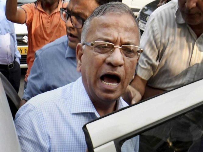 Controversial BHU vice chancellor goes on 'indefinite leave'