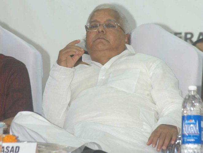 Lalu appears before CBI on hotel transfer case