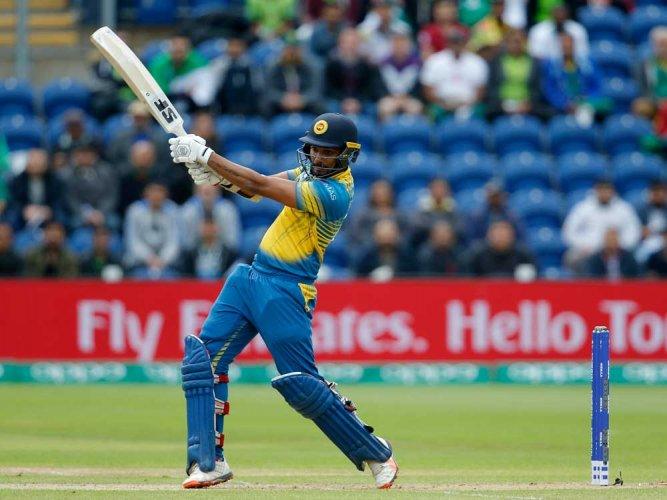 Sri Lanka suspend Gunathilaka from six matches