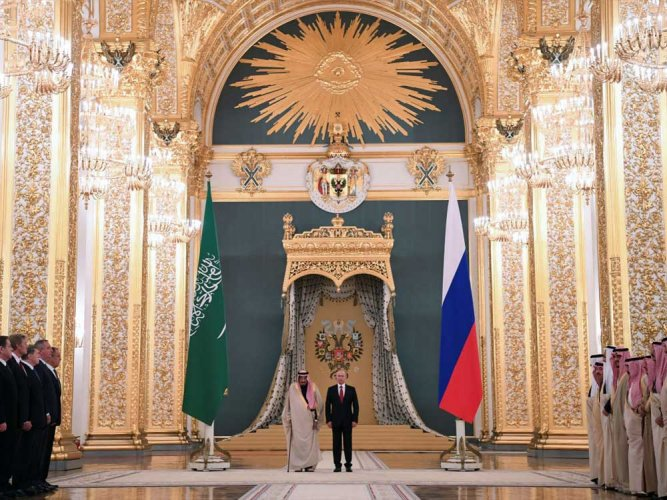 Saudi king seeks thaw in ties with Russia