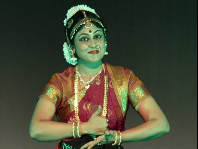 Music and Dance reviews: Group songs in unison & Nrithya Utsava