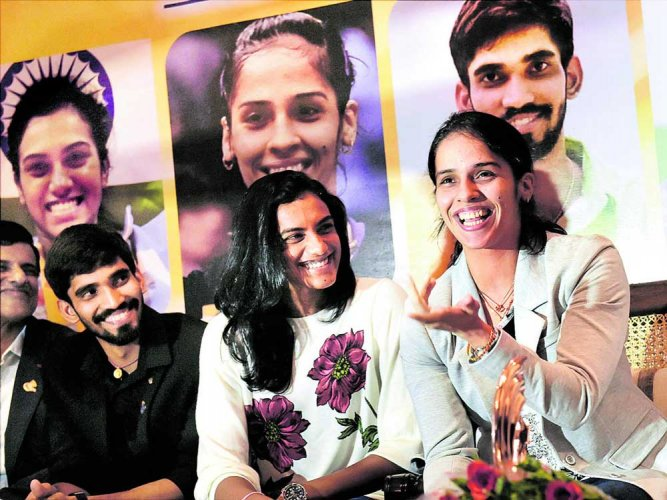 Sindhu, Saina retained by old teams