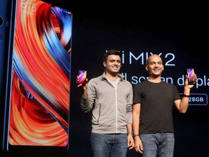 Xiaomi ups premium play in India handset market with Mi Mix 2