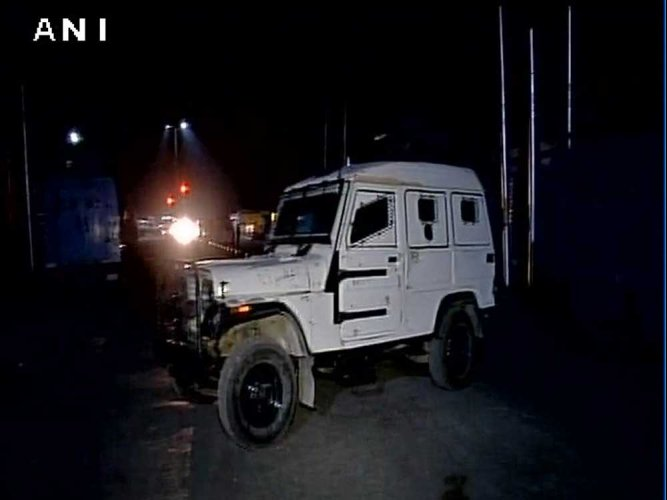CRPF vehicle attacked in Srinagar, no casualties reported