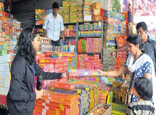 Traders move SC for modification of order banning sale ofcrackers