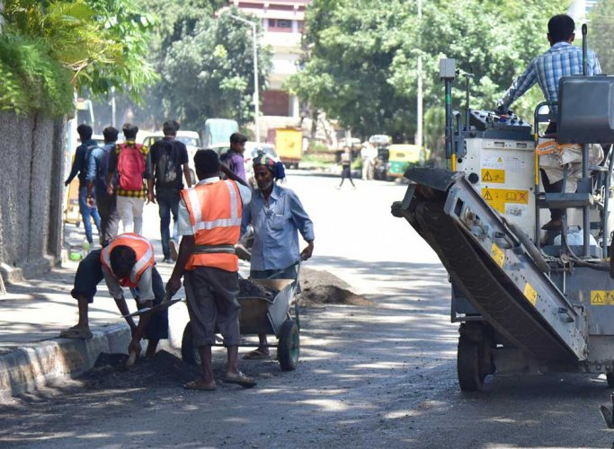No holidays for officials on pothole-filling drive