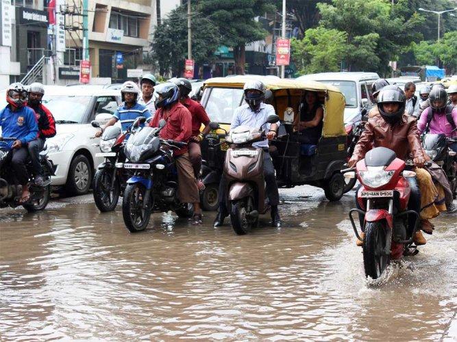 Rain to continue till Deepavali in Bengaluru