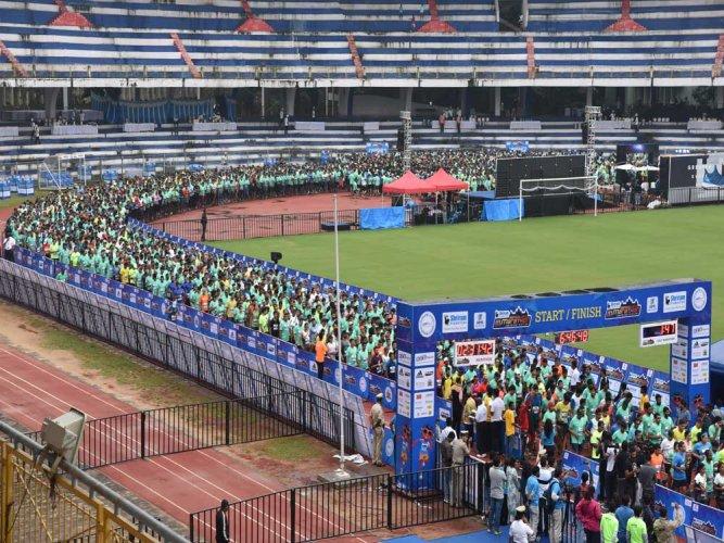 Sanjit Luwang  wins Bengaluru marathon