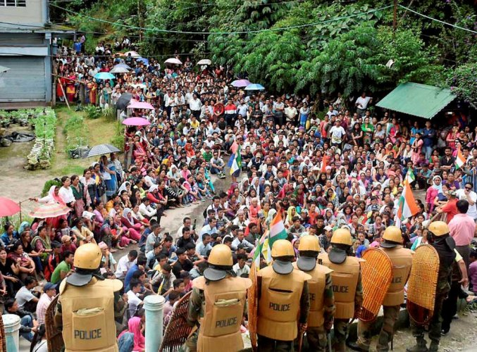MHA wants para forces out of Darjeeling